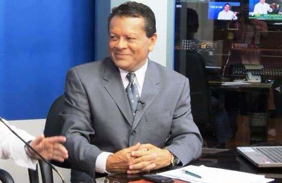 Periodista Julio Ernesto Alvarado