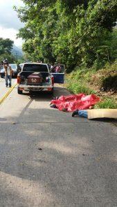 Las víctimas fueron bajados del vehículo y posteriormente ejecutados en la carretera a Peña Blanca.