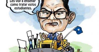 """Marlon Escoto metió su """"familión"""" a la UNA"""