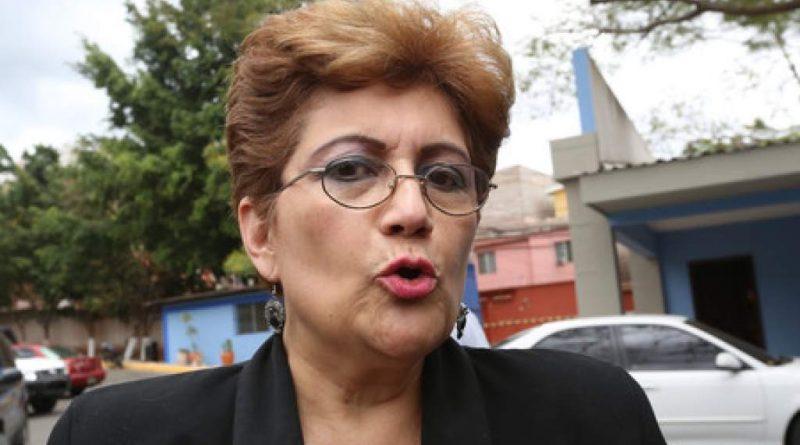 A juicio diputada por mencionar a Camilo Atala en crimen de Berta Cáceres