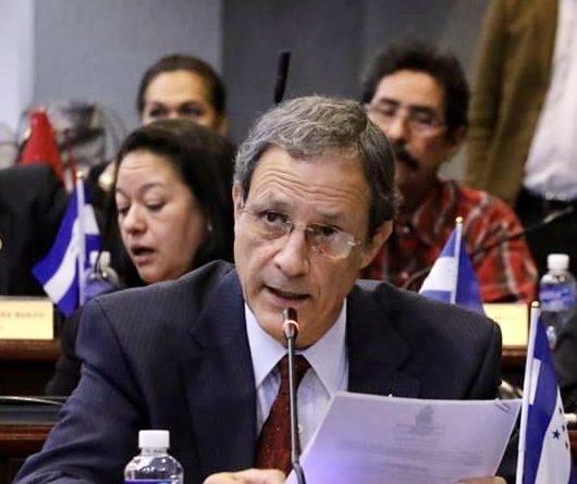 Diputado denuncia dictadura parlamentaria en Honduras